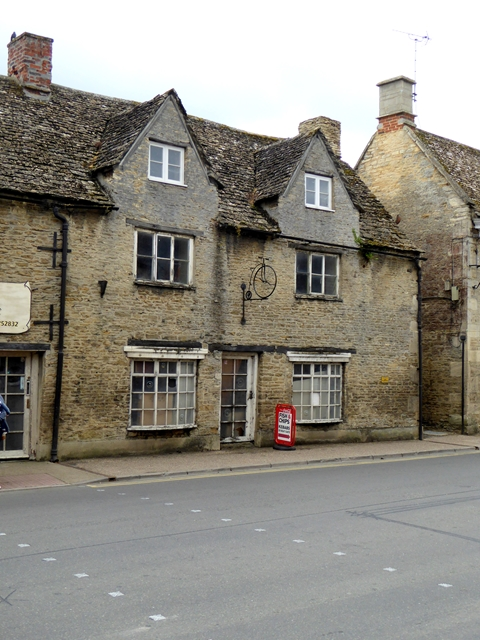 Old shop on Lechlade High Street