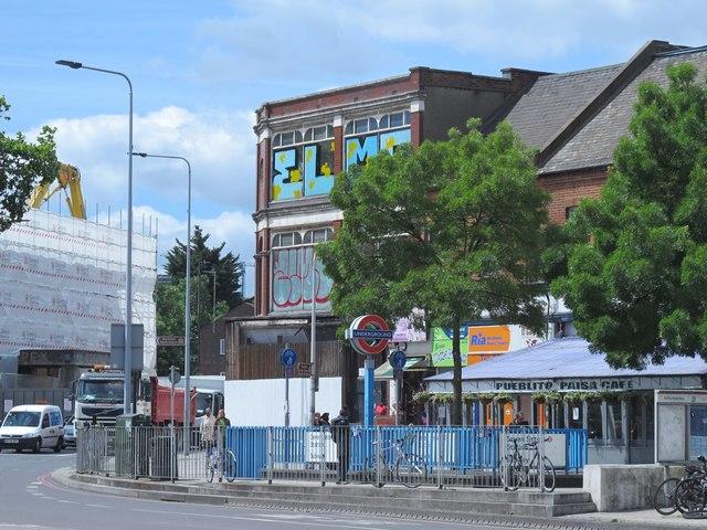 High Road / Seven Sisters Road, South Tottenham