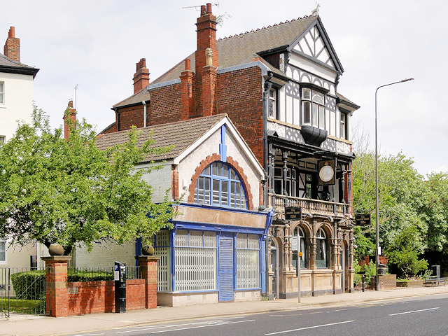 Alfred Gelder Street, The White Hart