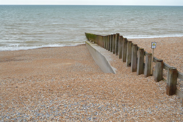 Groyne, West Marina