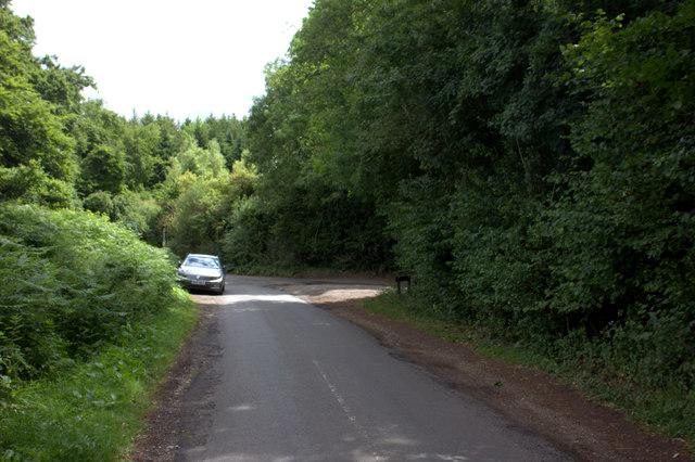 Northchurch Lane approaching Johns Lane