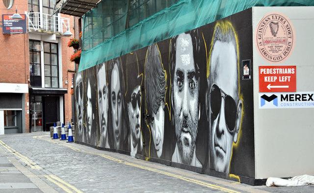 Builder's hoarding and street art, Belfast (July 2017)