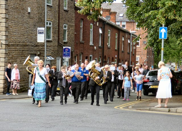 Gee Cross Well Dressing 2017: Start of the procession