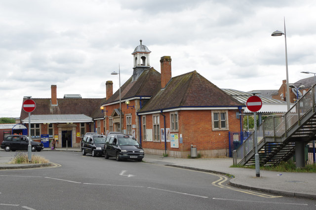 Aylesbury Station