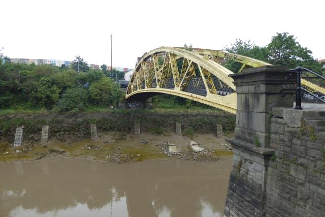 Bridge to York Road
