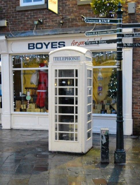 Hull Exchange telephone Box