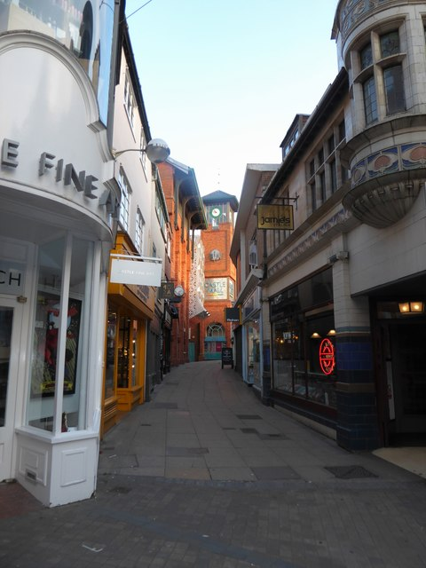 Looking down the Royal Arcade towards Castle Hall
