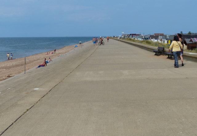 Promenade along the Heacham sea front