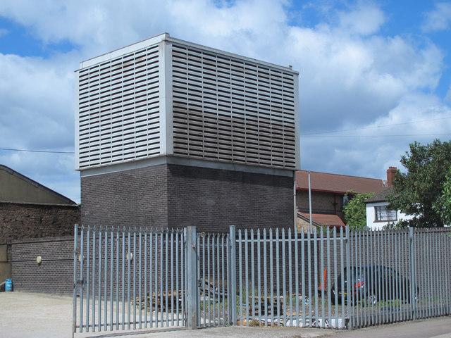 Victoria Line ventilation shaft, Tynemouth Road / Antill Road, N15
