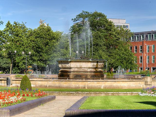 Fountain, Queen's Gardens