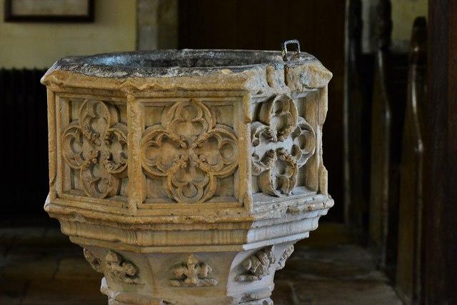 Stanton, St. Michael's Church: The c15th Perpendicular font