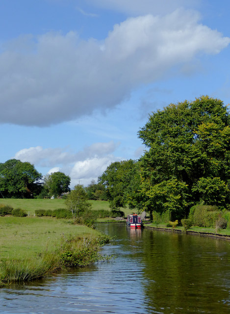 Llangollen Canal north of Preesgweene, Shropshire