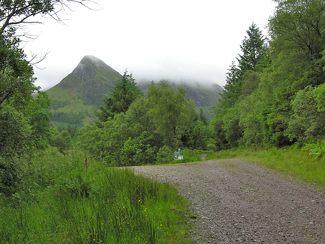 Forestry road junction in Gleann a' Chaolais