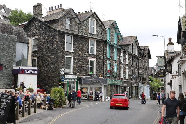 Shops on Lake Road