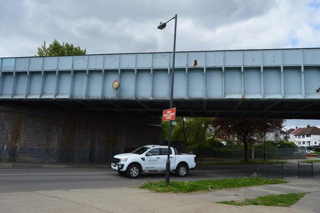 Railway Bridge, The Avenue