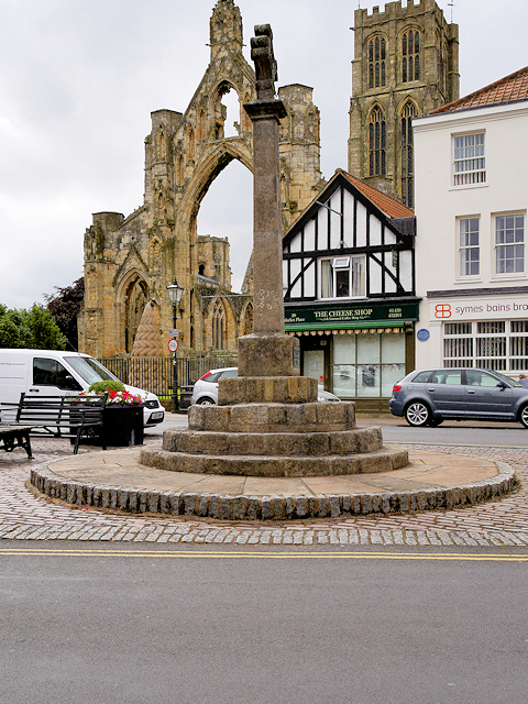 Howden Market Cross and Minster