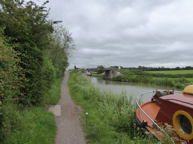Small bridge over Kennet and Avon Canal, north of Hilperton Marsh Farm