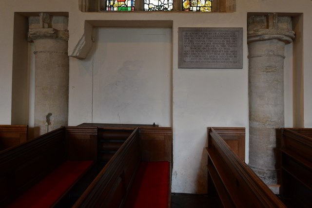 Rendcomb, St. Peter's Church: Traces of the c12th church in the c16th wall
