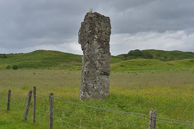 Clach na Carraig standing stone