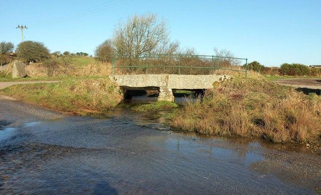 Ford and bridge near Lowertown Farm