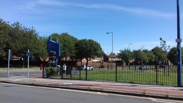 Corner of Boundary Street and Vauxhall Road