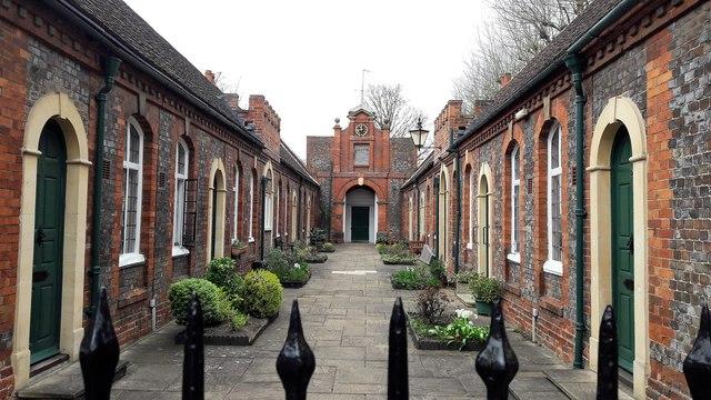 Tomkins Almshouses, Abingdon