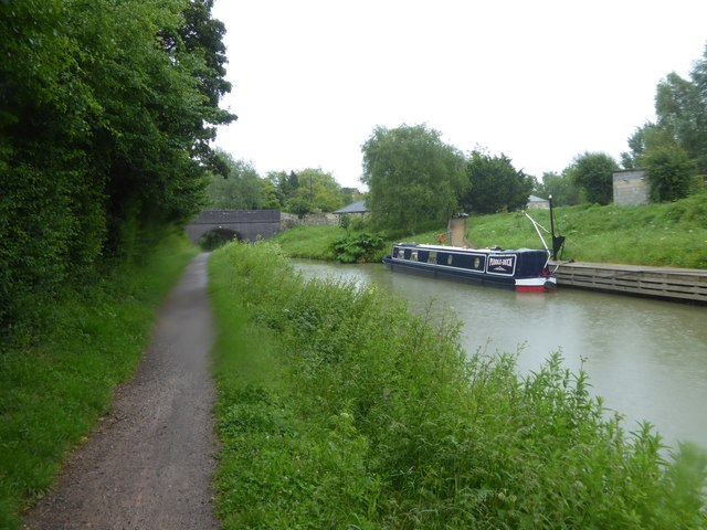 Bath Road (A365) bridge over canal