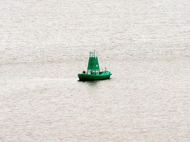 River Humber Starboard Light Float Number 27