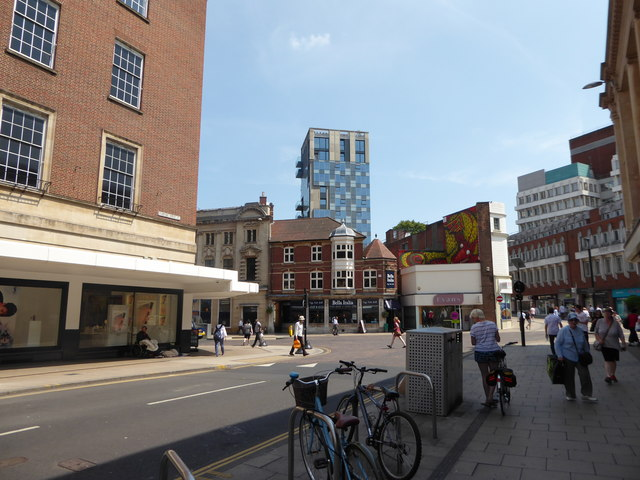 Approaching the junction of Rampant Horse Street and Red Lion Street