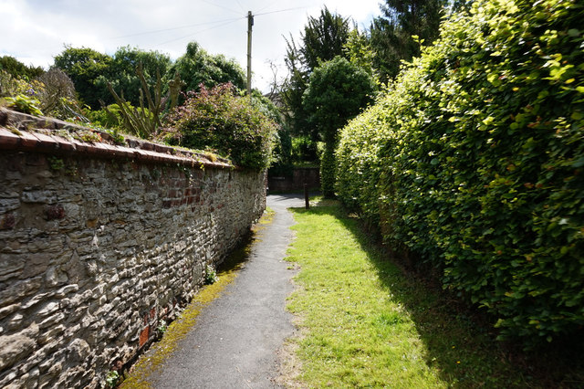 Path leading to Church Lane, Bishop Burton