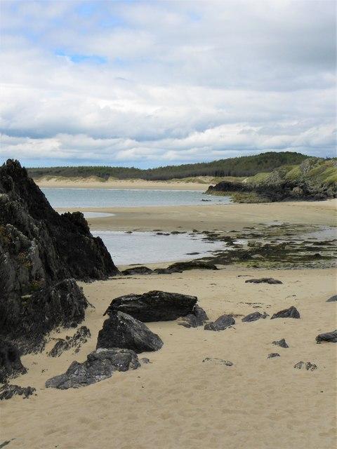 Small beach on west side of Llanddwyn Island