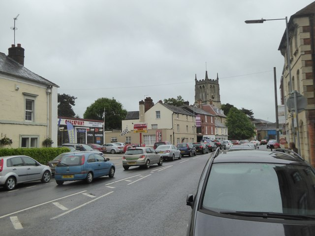 Traffic queueing in New Park Street, Devizes