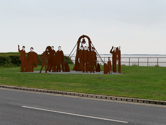 The Lost Trawlermen Memorial Sculpture, St Andrew's Quay