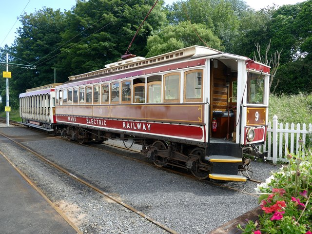 Manx Electric Railway Car 9 at the temporary Ramsey Station