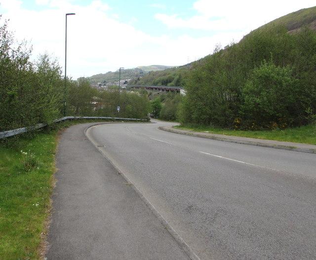 Unclassified road descending into Cwm