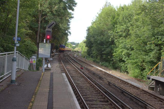 Leatherhead station south end