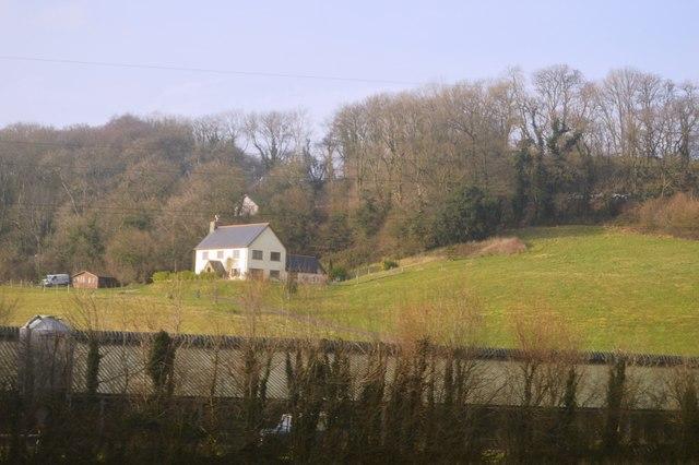 House near Yarnford Copse