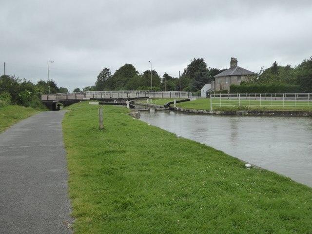 Manifold Lock (no 47) and Prison Bridge