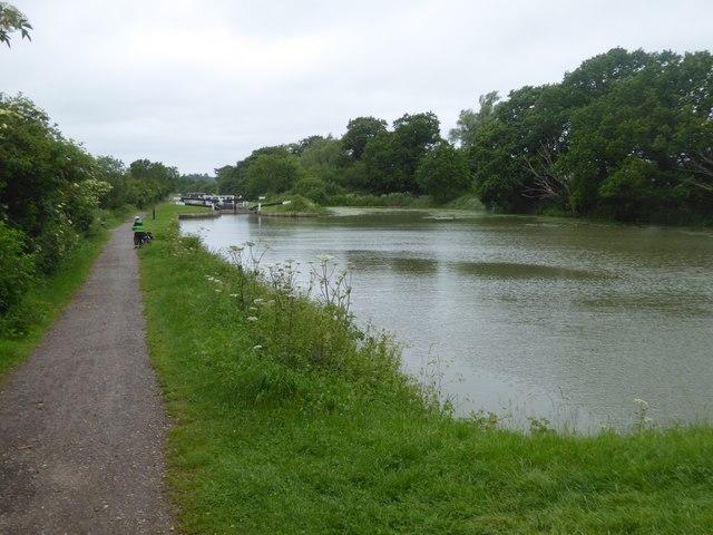 Lock 25 west of Caen Hill