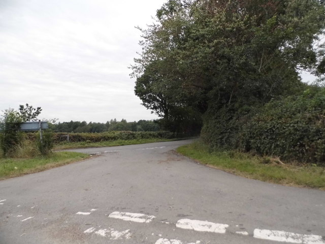 Crossroads on Wood End Lane
