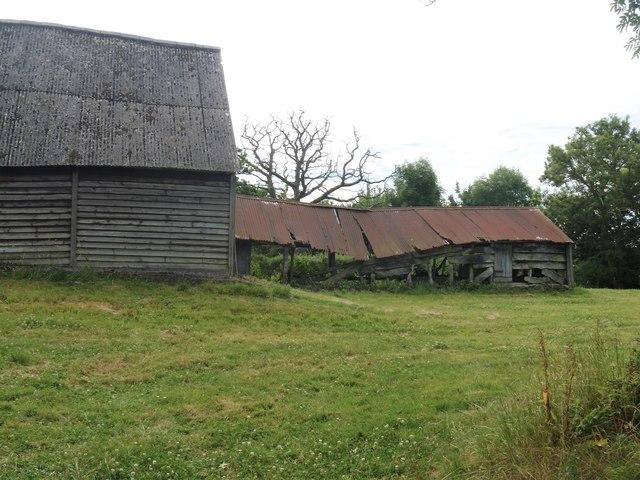 Tumbledown barn [2]