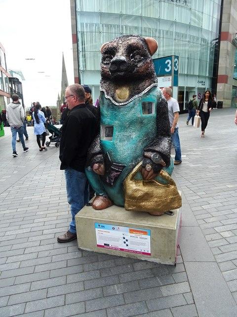 'Window Shopping' Bear