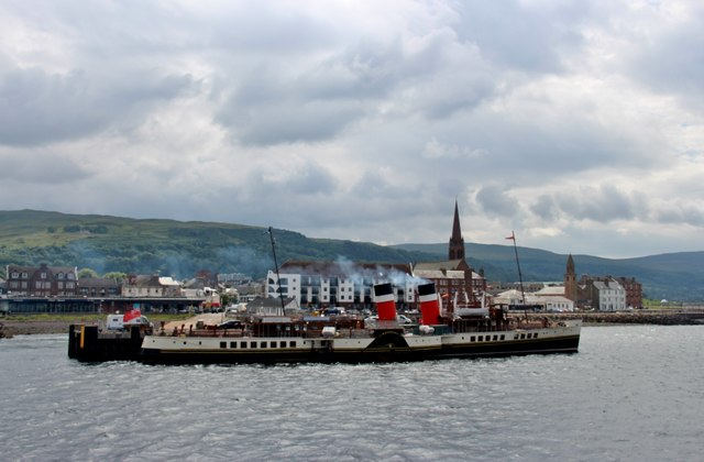 The 'Waverley' paddle steamer at Largs Pier