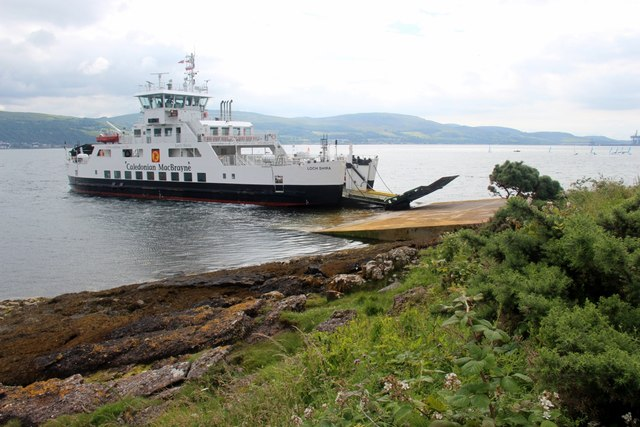 The Loch Shira leaving Cumbrae slip for Largs