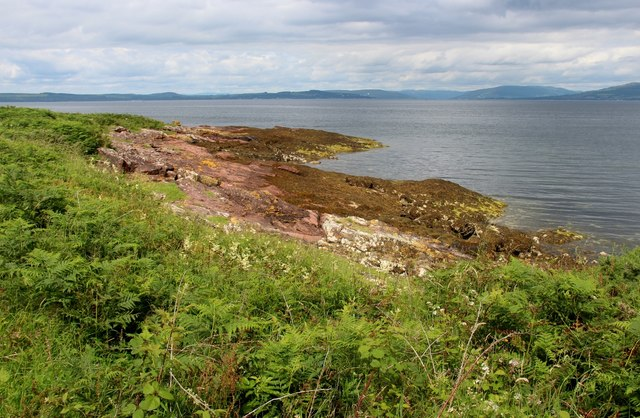 Tomont End, looking towards Bute