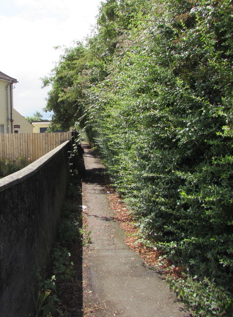 Footpath on the south side of Badminton Road, Yate