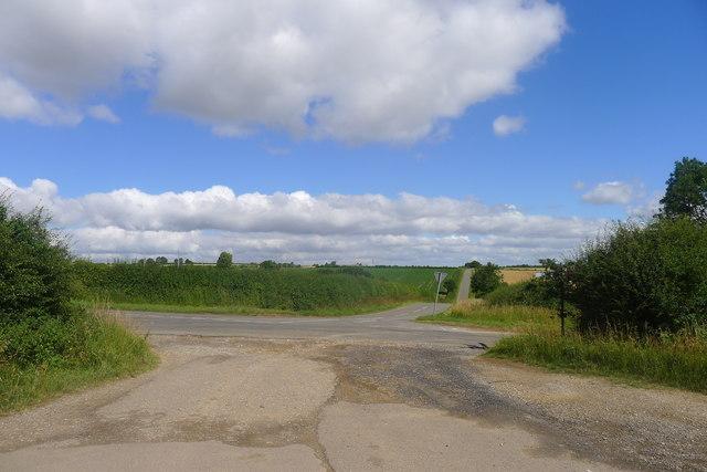 Crossroads north-east of Swayfield