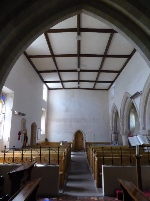 Nave of Aldsworth church