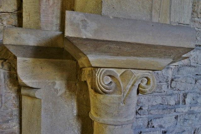 Asthall, St. Nicholas' Church: Capital