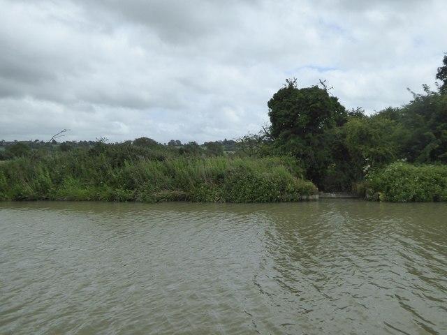 Canal overflow spillway